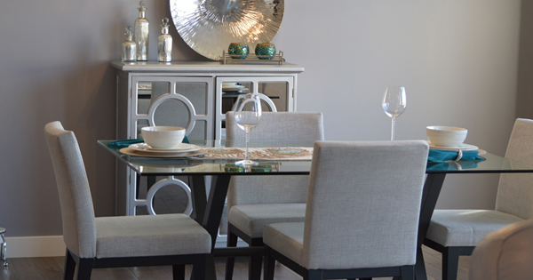 30 Can't-Miss Home Staging Tips from HGTV