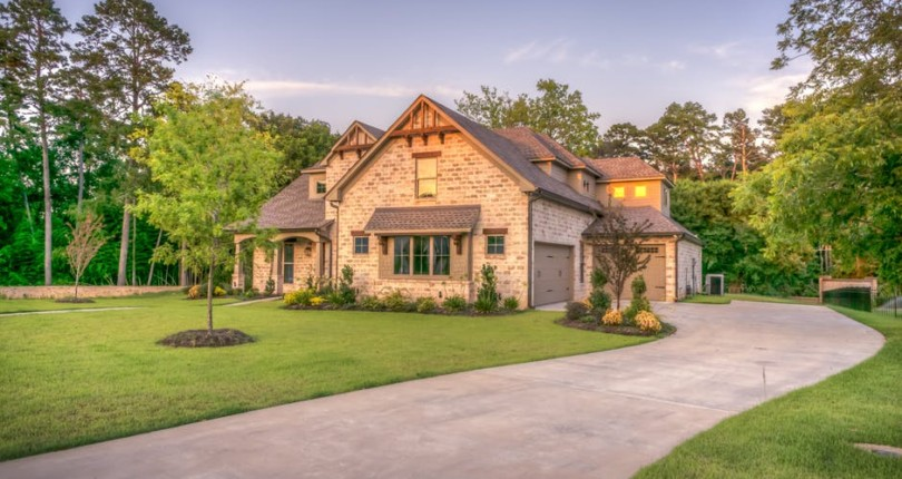 Do's and Don'ts for Buying and Selling a House